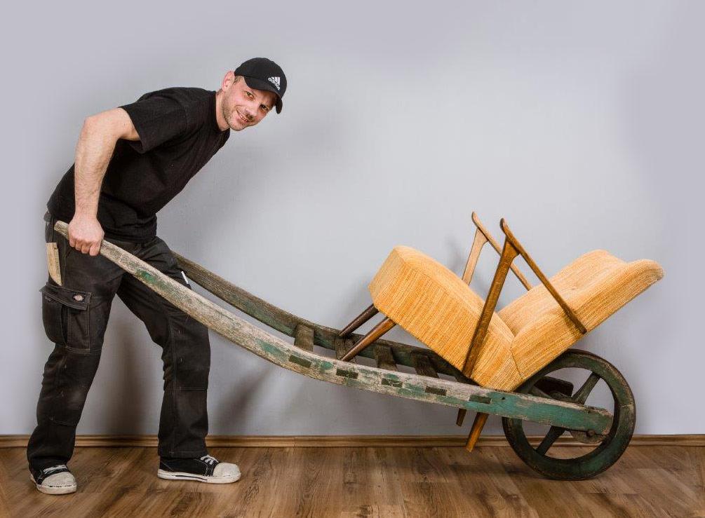 P-EX Polster-Experten wir holen ihr Polster Möbel zur Restaurierung ab